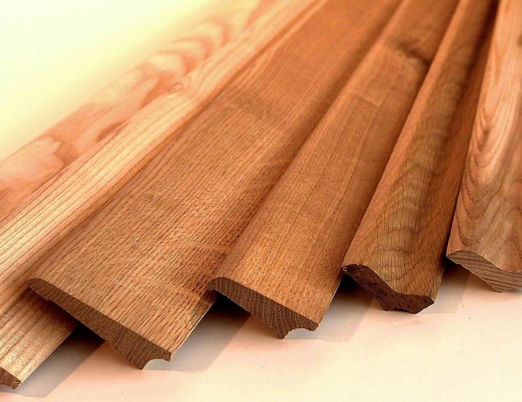 Купить деревянный напольный плинтус в Харькове
